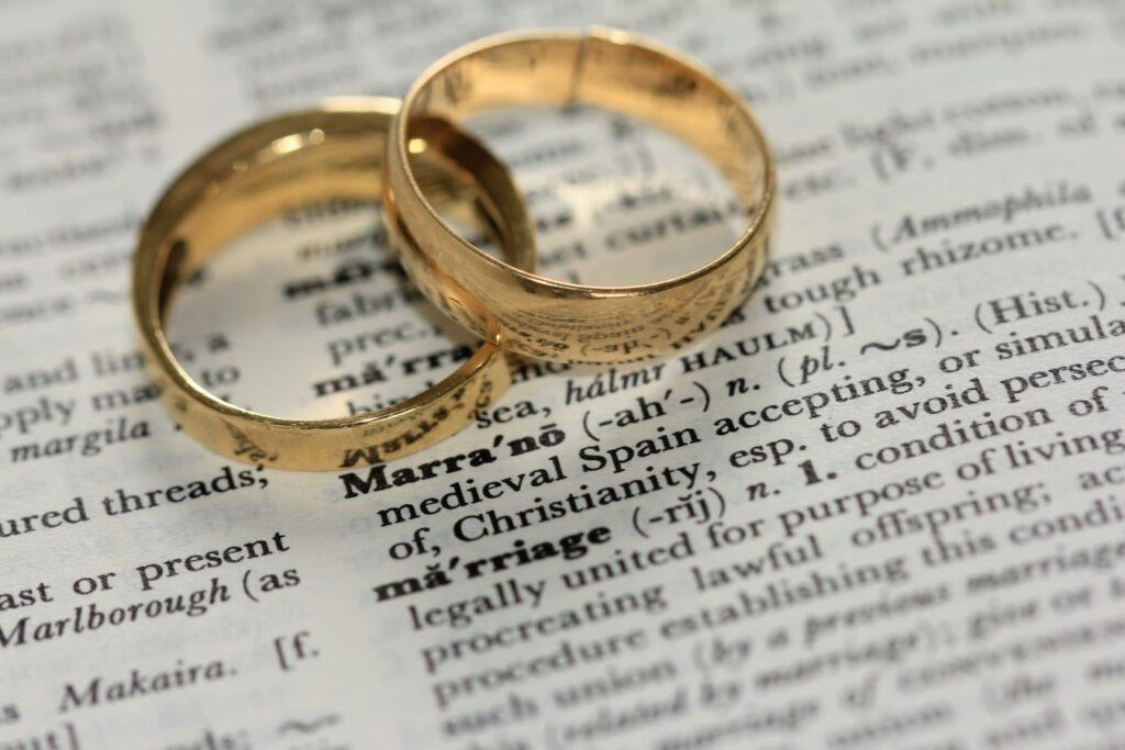 メンヘラ 結婚 幸せ 自己肯定感 モラハラ