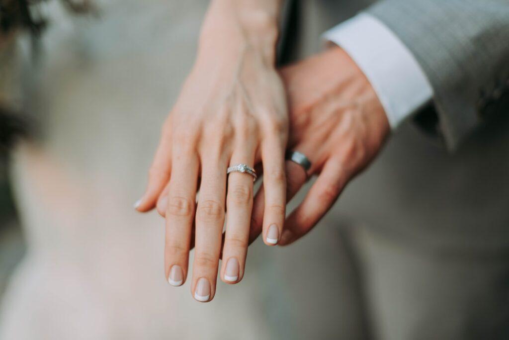 メンヘラでも結婚して幸せになるパターン3選